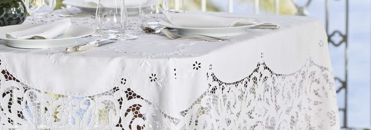 TABLECLOTH IN MADEIRA EMBROIDERY - LIMITED EDITION